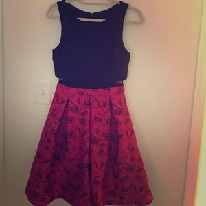 Pre loved. Floral 2 pieces cut out mid prom dress